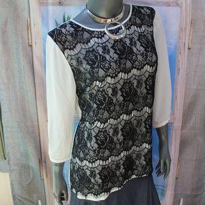 White House Black Market White Top w/Black Lace 10